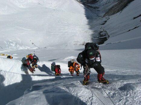 wspinaczka w wysokich górach